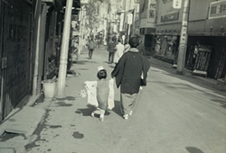 歌舞伎町で祖母と